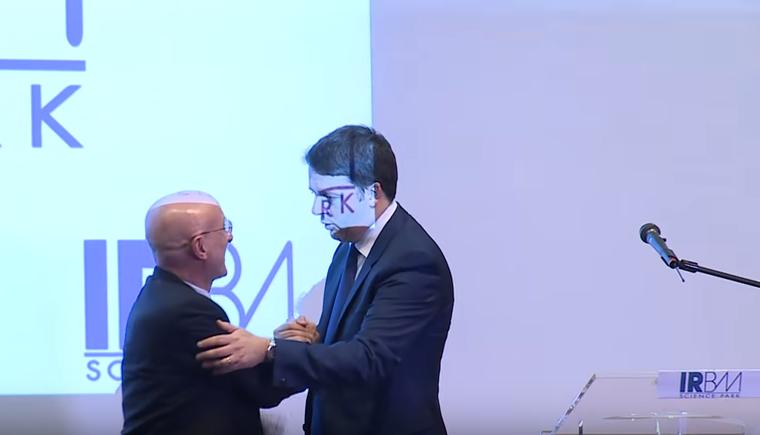 Il Premier Matteo Renzi In Visita Ai Laboratori Dell'IRBM SpA
