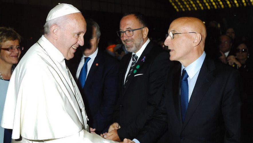 Piero Di Lorenzo Presenta Le Attività Di IRBM A Papa Francesco